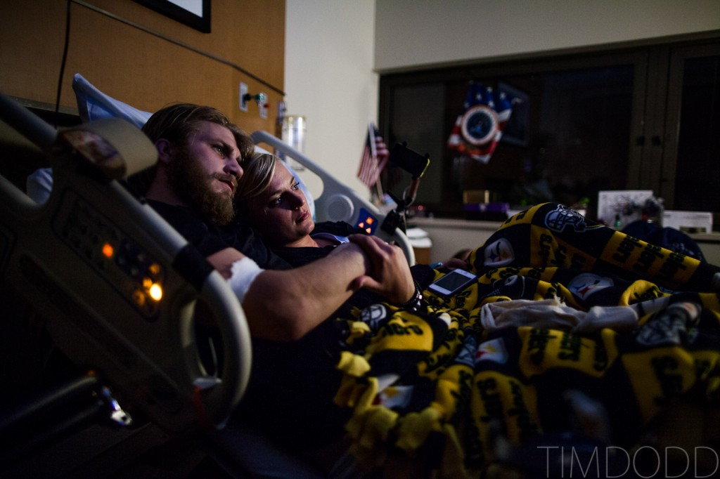 Tim Dodd Photography Cedar Falls Waterloo Iowa visits friend and quad amputee Taylor Morris who was injured while serving in Afghanistan