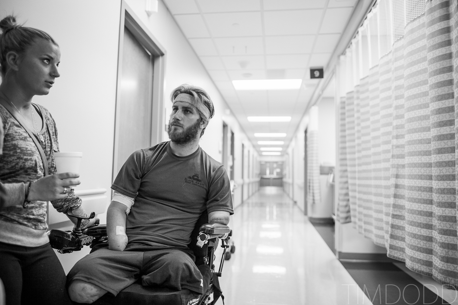 Tim Dodd Photography Cedar Falls Iowa visits friend Taylor Morris, a quad amputee who lost all four limbs while fighting in Afghanstan