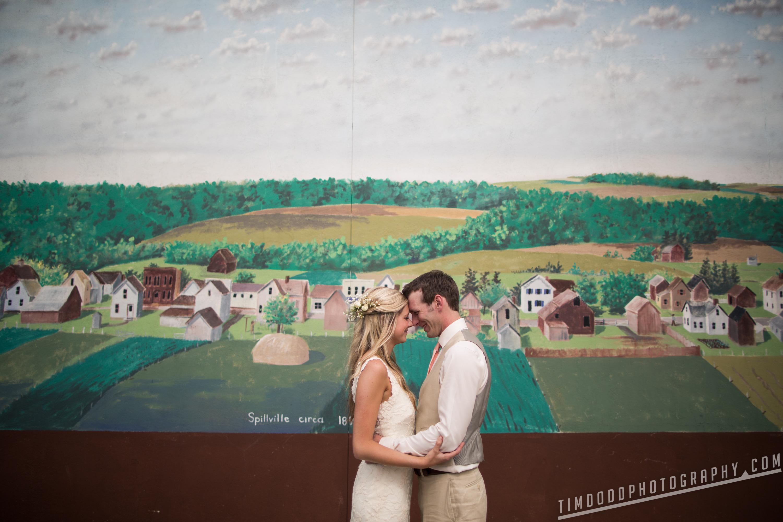 Spillville Cedar Falls Iowa wedding photographers photography photos pro digital rights bride groom best award winning Tim Dodd Photography Waterloo Cedar Rapids Des Moines Iowa Midwest international
