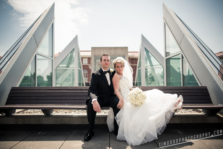 Cedar Falls Iowa wedding photographers photography photos pro digital rights bride groom best award winning Tim Dodd Photography Waterloo Cedar Rapids Des Moines Iowa Midwest international