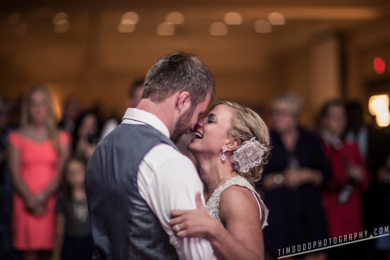 Cedar Fall Morris wedding soldier amputee bride wife professional angel pro photography photographer Iowa Waterloo Navy EOD Taylor Danielle